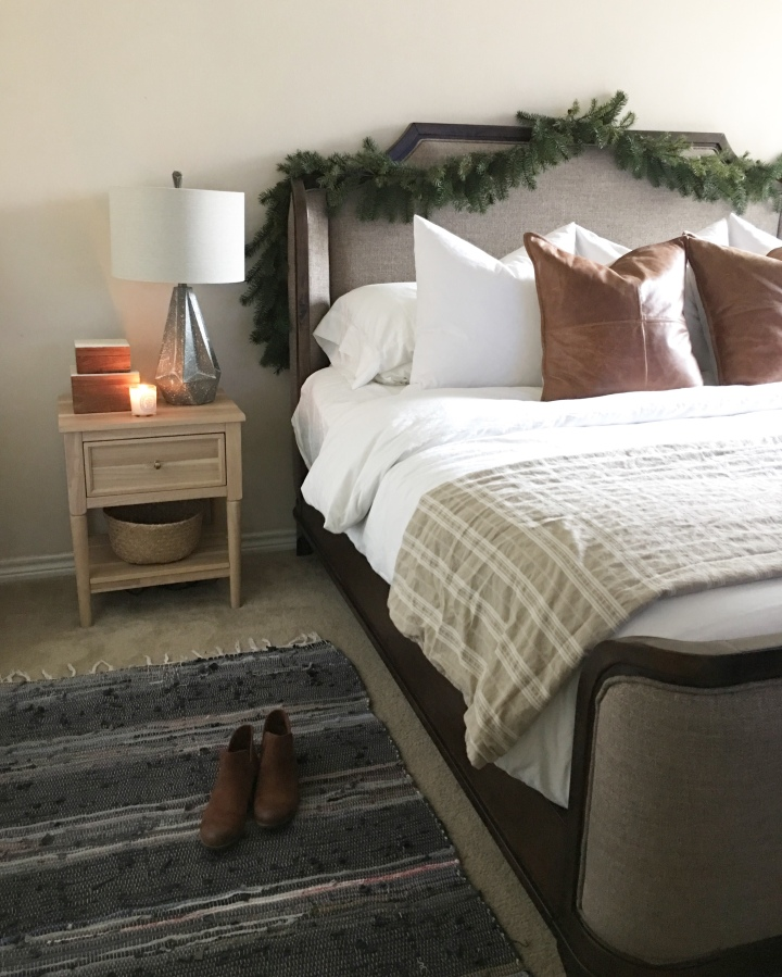 Bedroom reveal and my stylingtips.